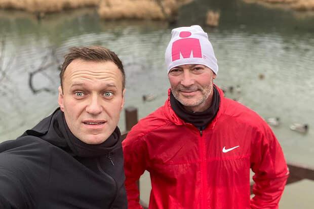 Ройзман отказался выдвигаться от «Яблока» из-за слов Явлинского о Навальном