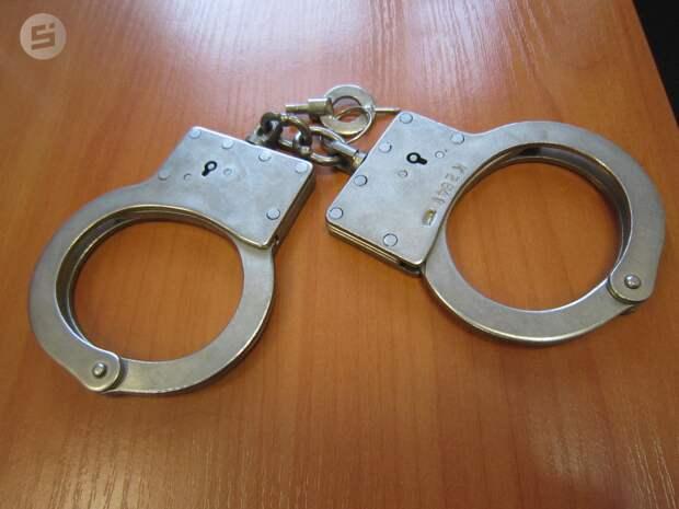 Жителя Удмуртии объявили в розыск по подозрению в изнасиловании и угрозе убийством