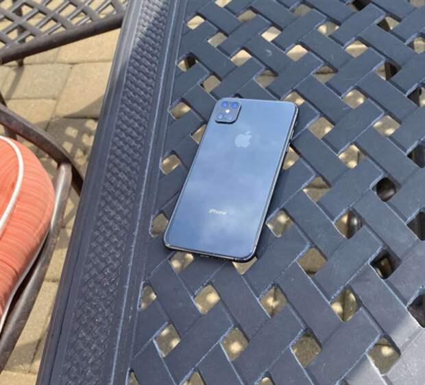 Настоящий iPhone 12 Pro без челки. Первые живые фото