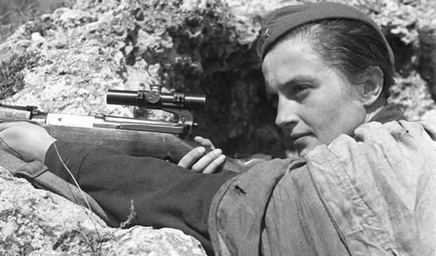 Служба медсестры Великая Отечественная, Женщины на войне, снайпер №1