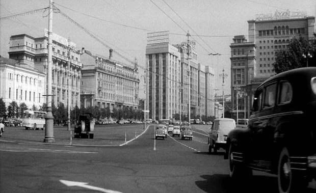 Как фильм «Я шагаю по Москве» выглядел бы сегодня