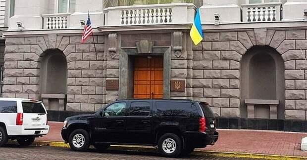 Перешедший на сторону России подполковник СБУ рассказал, что творят американцы в Киеве