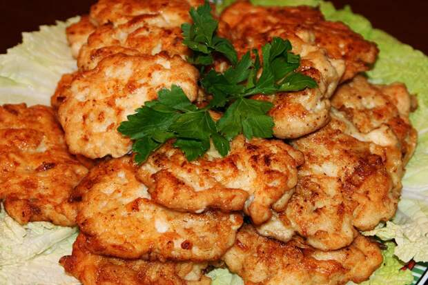 Рубленные куриные котлеты: вкусно и просто