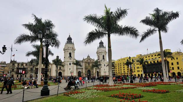 Президент Перу Педро Кастильо назначил министром финансов Педро Франке