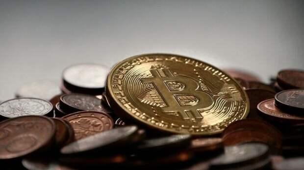 Китайская криптовалюта угрожает монополии доллара