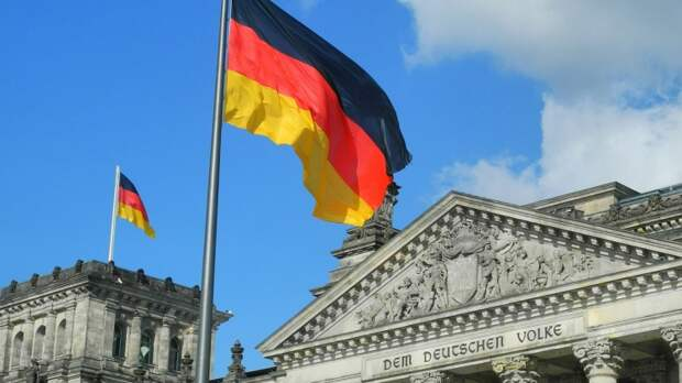 Рар рассказал, кому может достаться «наследство Меркель» в гендерно корректной ФРГ
