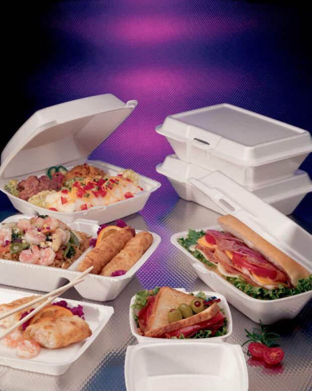 Большинство видов одноразовой посуды опасна для здоровья. /Фото: besplatka.ua