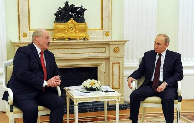 Александр Лукашенко ответил на нападки оппозиции о поглощении Белоруссии Россией