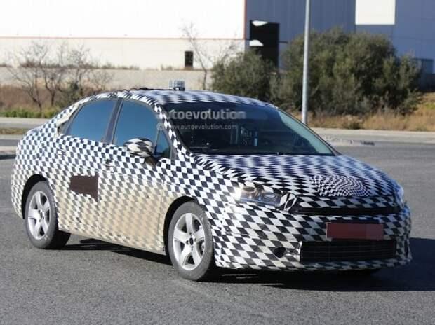 В Испании поймали новый седан Citroen C4
