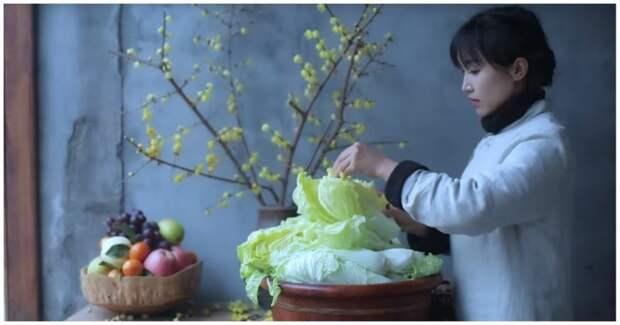 Китаянка показала, как с нуля приготовить кимчи Кимчи, азия, видео, еда, интересное, капуста, кулинария, пекинская капуста, своими руками