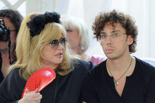 Галкин рассказал о«разводе» сПугачевой