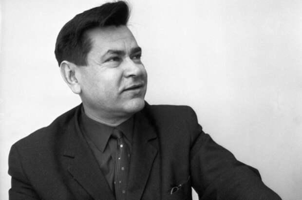 Портрет Алексея Маресьева, 1966 год