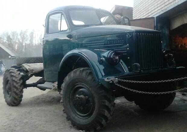 Вот результат работы — полностью восстановленный ГАЗ-63, теперь он снова будет колесить по дорогам и вызывать ностальгию у старшего поколения. ГАЗ-63, авто, автомобили, восстановление, газ, грузовик, реставрация