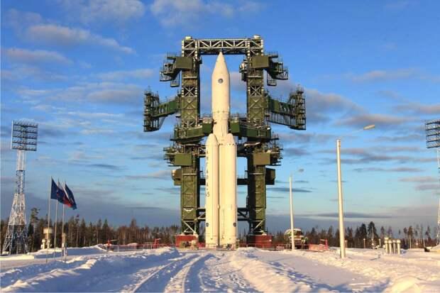 """Центр Хруничева начала работу над первыми серийными ракетами """"Ангара-А5"""" для Минобороны"""