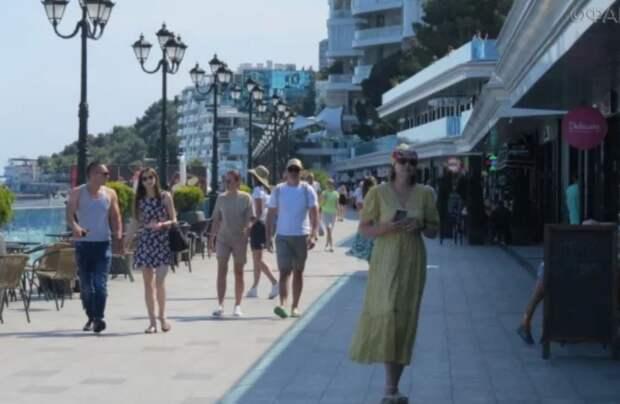 Жители Крыма жестко ответили Зеленскому на его советы жителям Донбасса