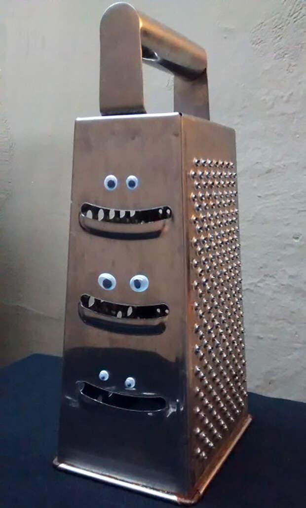 Три улыбки бегающие глазки, наклейка, юмор