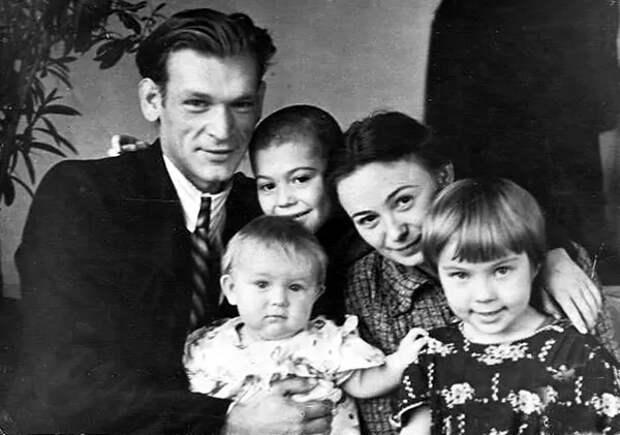 4 жены Петра Вельяминова: 17 лет в браке с девушкой, на 24 года моложе