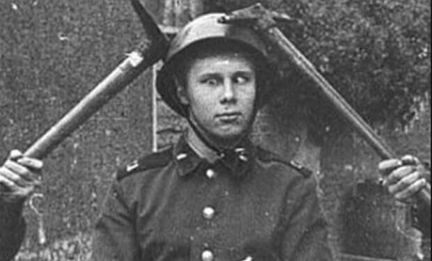 Посвящение солдата в деды: обряды армии СССР