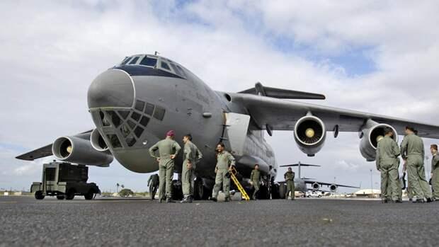 Военно-транспортный самолет Ил-76 ВВС Индии