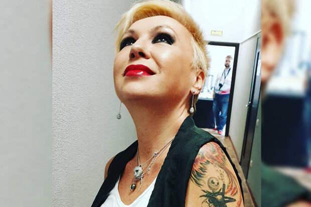 Подруга Легкоступовой прокомментировала версию обизбиении певицы мужем