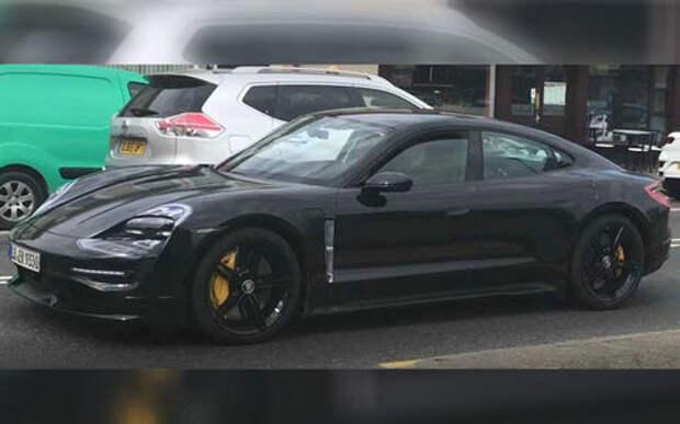 Новый Porsche Taycan: испытания под шильдиком Mercedes-Benz