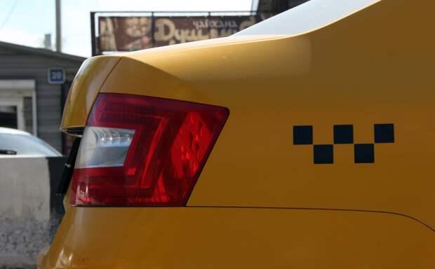 Таксиста оштрафовали на тысячу рублей за грубое нарушение ПДД в Братске