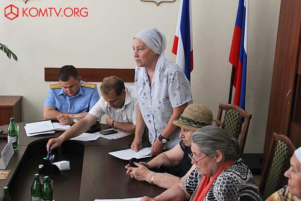 Православные требуют соблюдения их прав