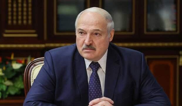 Почему Лукашенко увольняет силовиков: Падает последняя опора режима