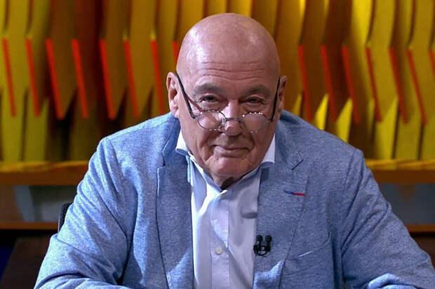 Москвич решил судиться с Познером после спора о России с его поклонником