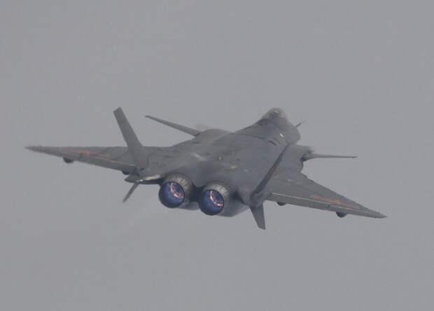 Китайцы занялись разработкой истребителя шестого поколения