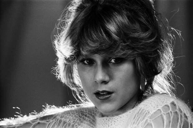 Саманта Фокс - Прикоснись ко мне - в фотогалереи  лучших фотографий певицы