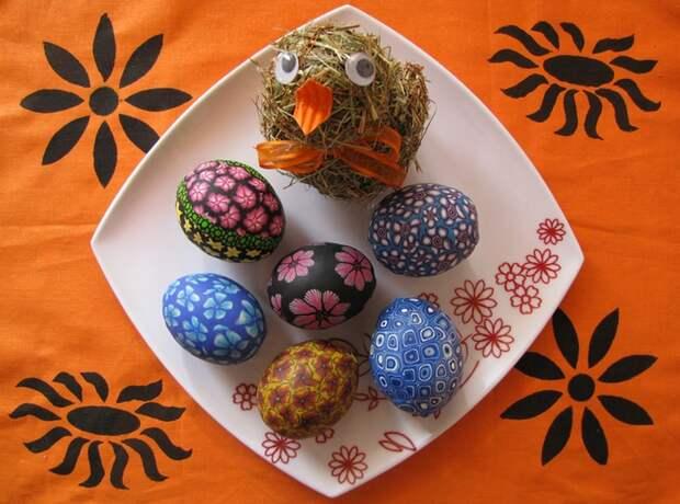 """Пасхальные яйца. Идея декорирования полимерной глиной """"фимо"""""""