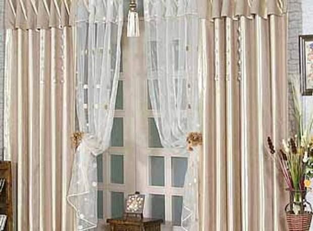 красивые шторы на двери