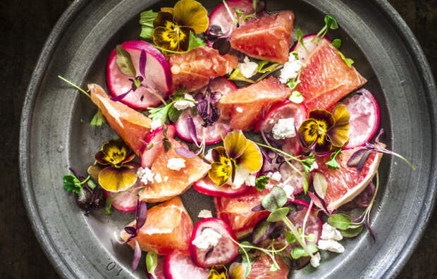 ПОХУДЕЙКИНЫ РЕЦЕПТЫ. Салат с грейпфрутом и маринованным редисом