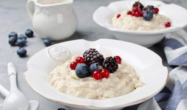Каким должен быть полезный завтрак: 10 рецептов от экспертов