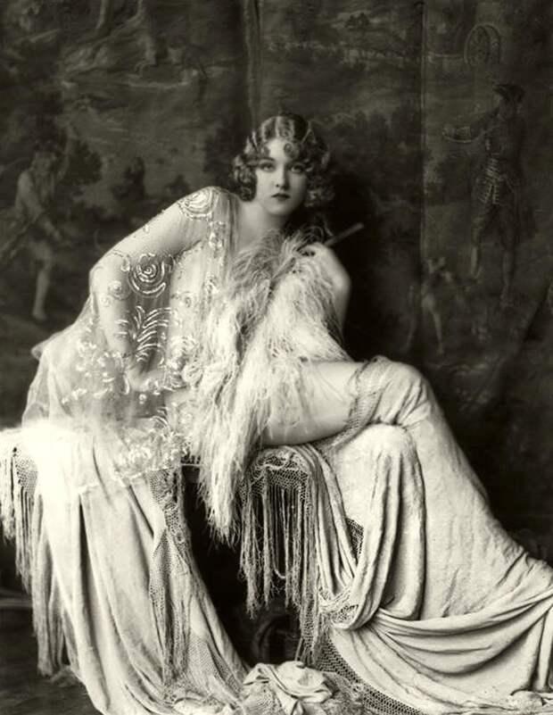 «Девушки Зигфелда»: самые сексуальные актрисы Бродвея 1920-х годов