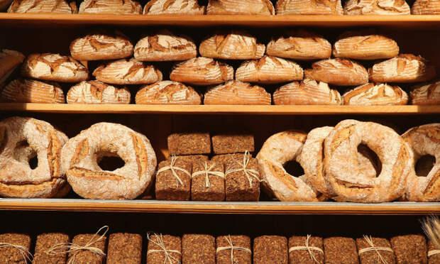 Как правильно хранить хлеб, чтобы он долго оставался мягким и не плесневел