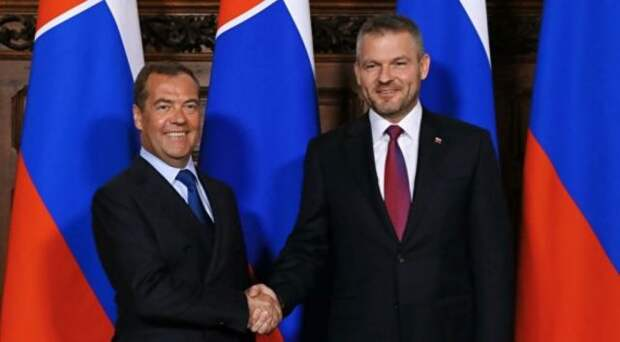 """Словакии предложено подумать о выгоде по """"Севпотоку-2"""""""