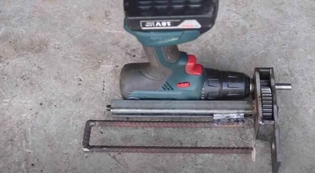 Как сделать пистолет для герметика с электроприводом
