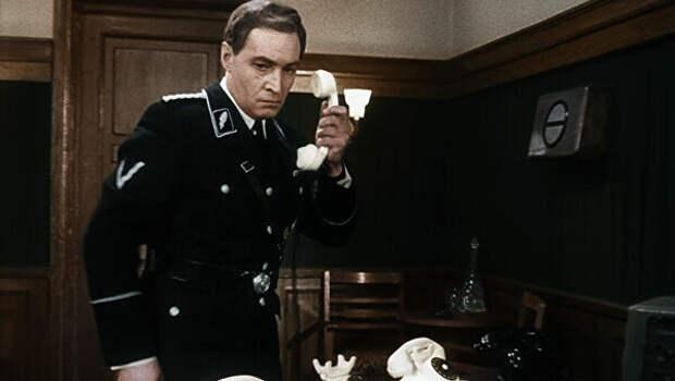 Почему киношный Штирлиц очень странный разведчик?