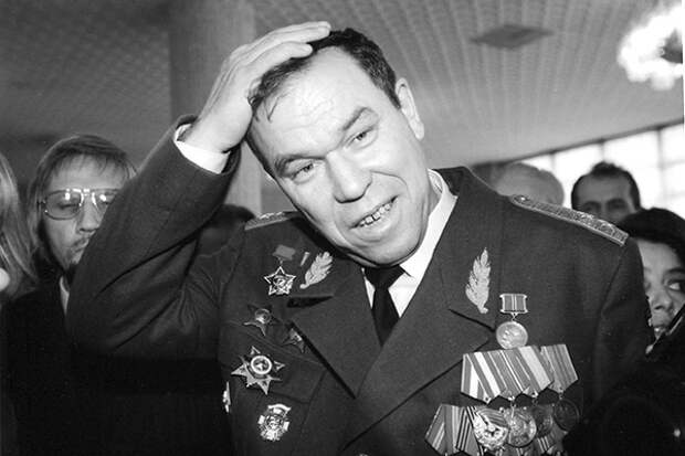 «Убийство Рохлина было отнюдь не бытовым» Депутат Верховного Совета Латвии Виктор Алкснис о 90-х годах