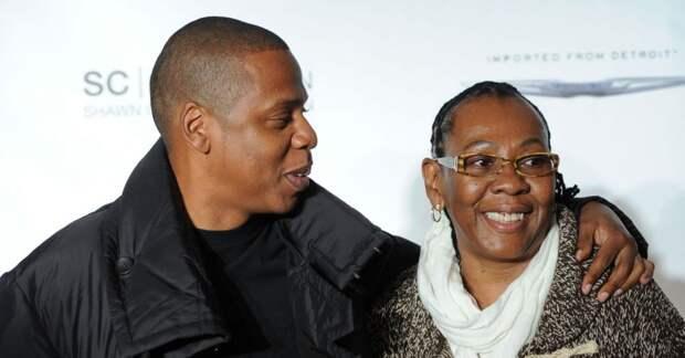 5 знаменитостей, чьи родители были геями и лесбиянками