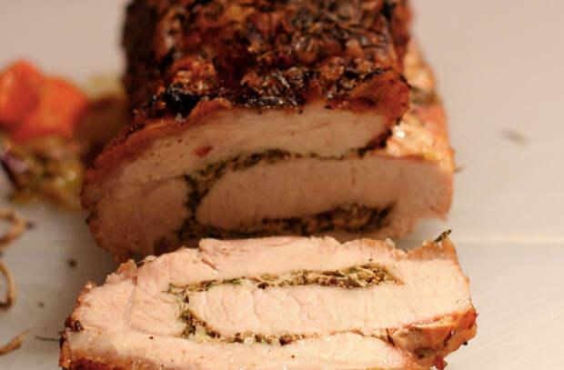 Рулет из свинины: сочный кусок мяса на всю неделю