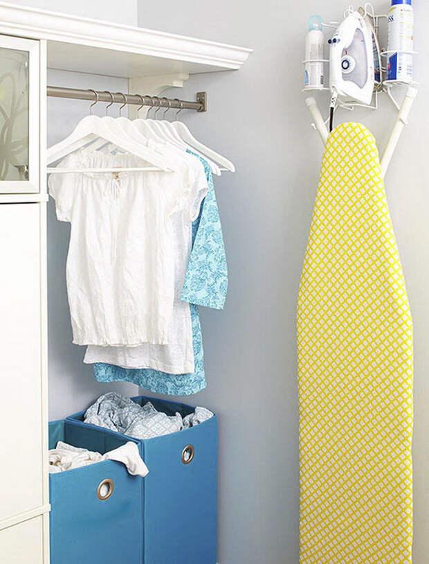 Идеи для хранения гладильной доски. Или 10 мест, где можно спрятать гладильную доску, фото № 9