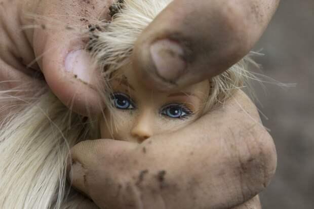 В Хакасии в розыск объявили мужчину, пытавшегося задушить ребенка в детсаду