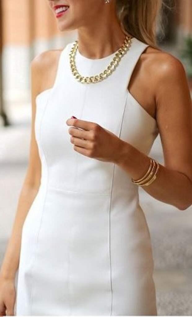 Чудесное платье футляр  выкройка