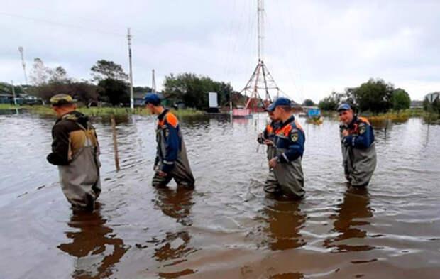 В российских регионах сохраняется сложная ситуация с паводками