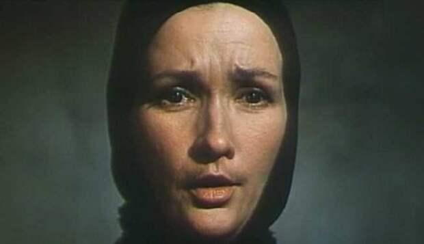Судьба(1977 г.) - Ефросинья Дерюгина Зинаида Кириенко, актрисы, день рождения