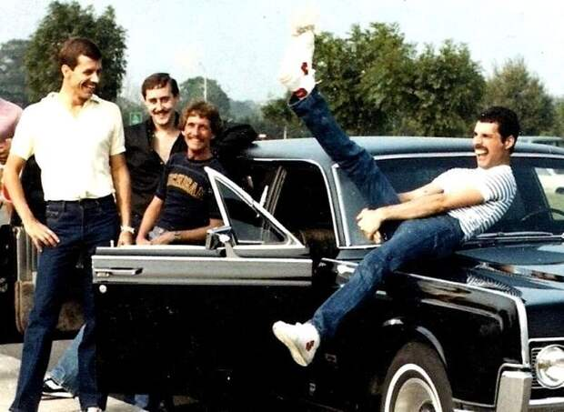 Фредди Меркьюри и его автомобили Queen, Фредди Меркьюри, авто, автомобили, знаменитость, певец, факты