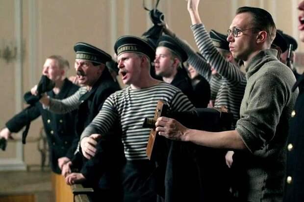 Показав фильм «Кронштадт 1921» телеканал «Звезда» включился в компанию по очернению советского прошлого